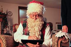 Père Noel connecté (source)